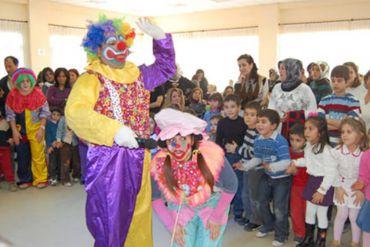 Palyaço Hizmetleri Çocuklara Gösteri